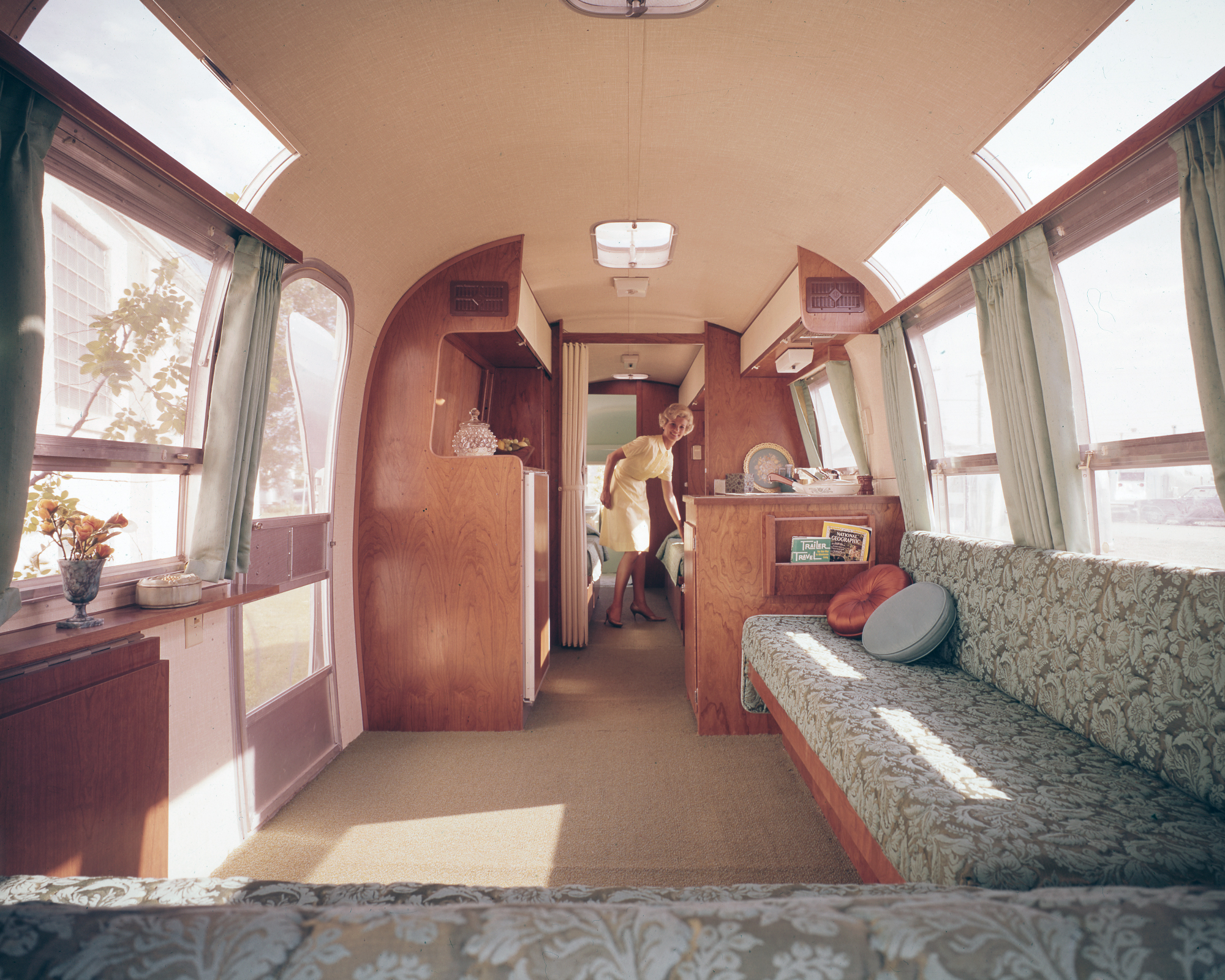 Airstream-Travel-Trailer-Historical-Interior