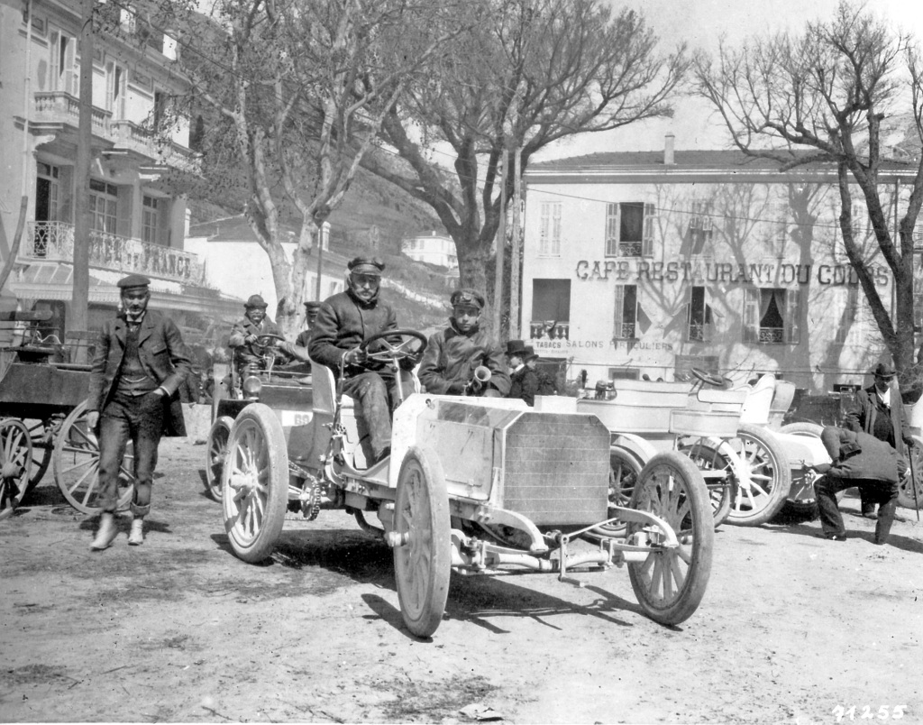 Nice Week, 25 to 29 March 1901. Baron Henri de Rothschild's Mercedes 35 HP racing car in La Turbie after winning the Nice–La Turbie hill climb on 29 March 1901. At the wheel is Wilhelm Werner, who later became the German emperor's driver.