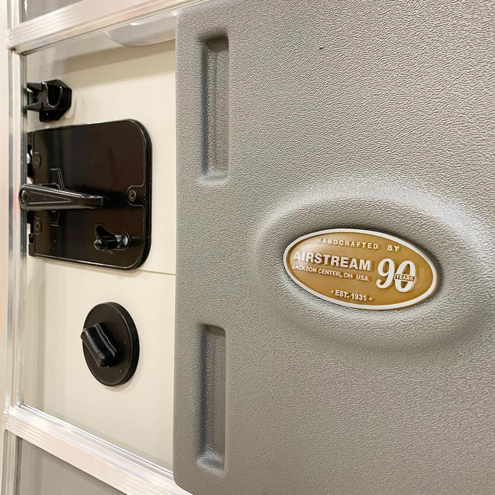 90-Anniversary-Badge-Doorway