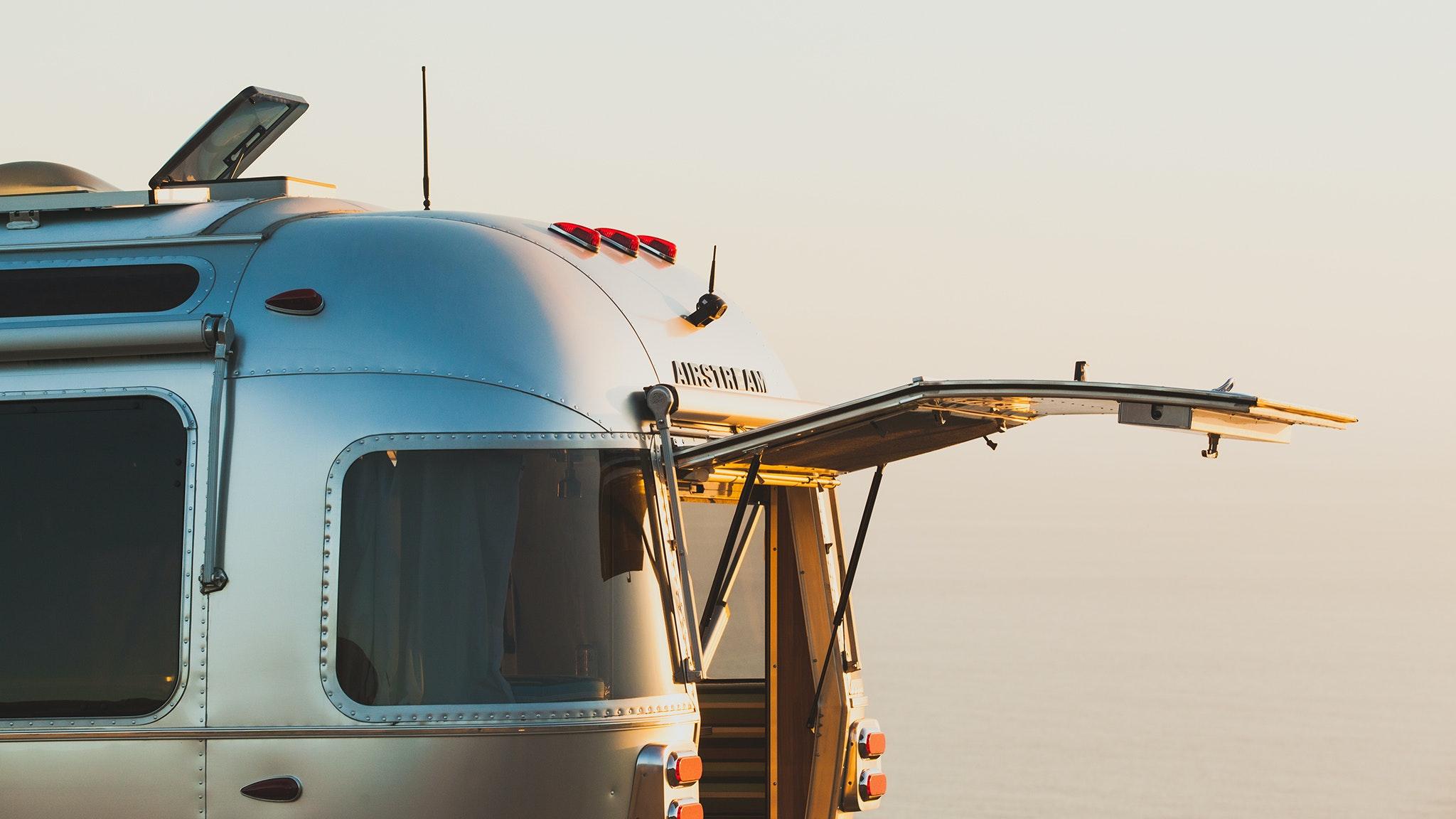 Airstream-Rear-Hatch-Optional-Feature-Highlight-Header-1