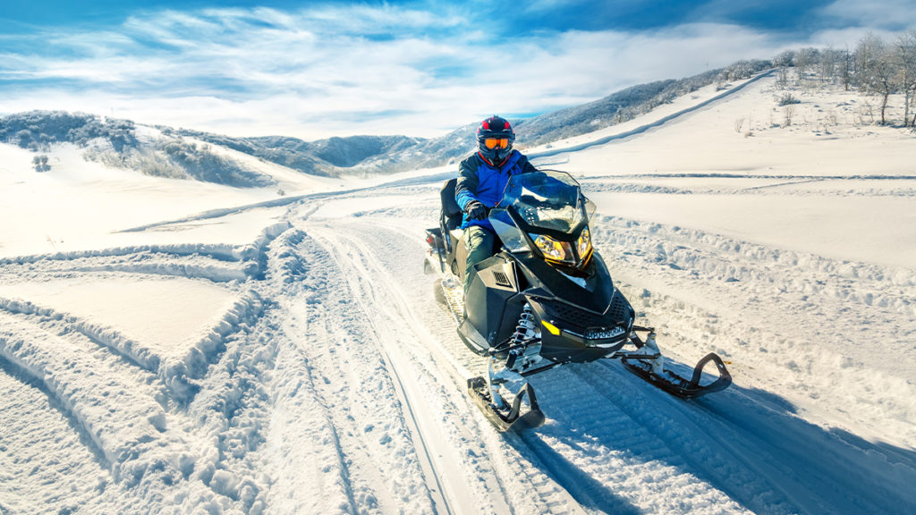 AIR-Blog-TC-ToyHauling-SnowMobile