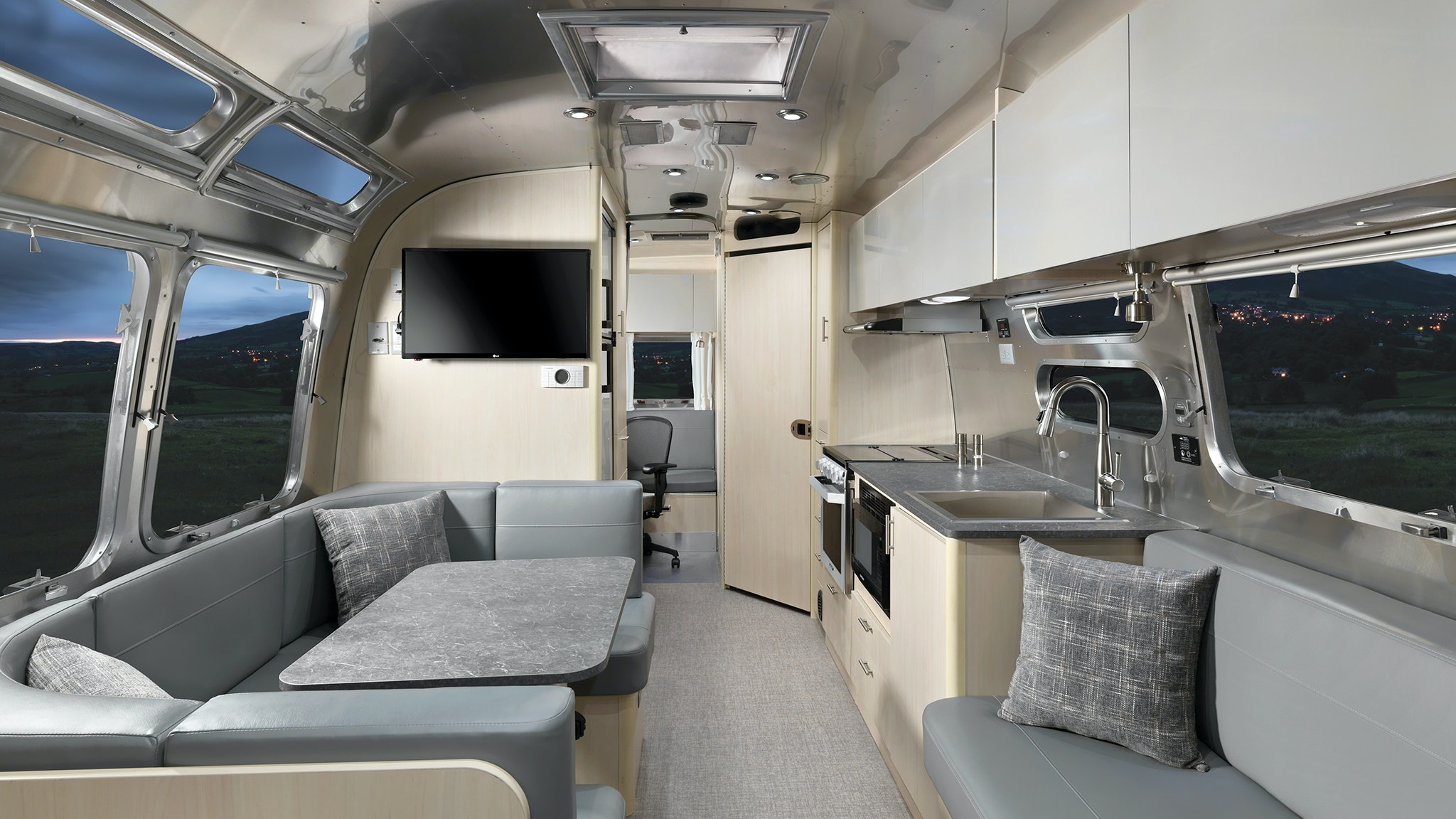flying cloud 30FB office trailer by airstream