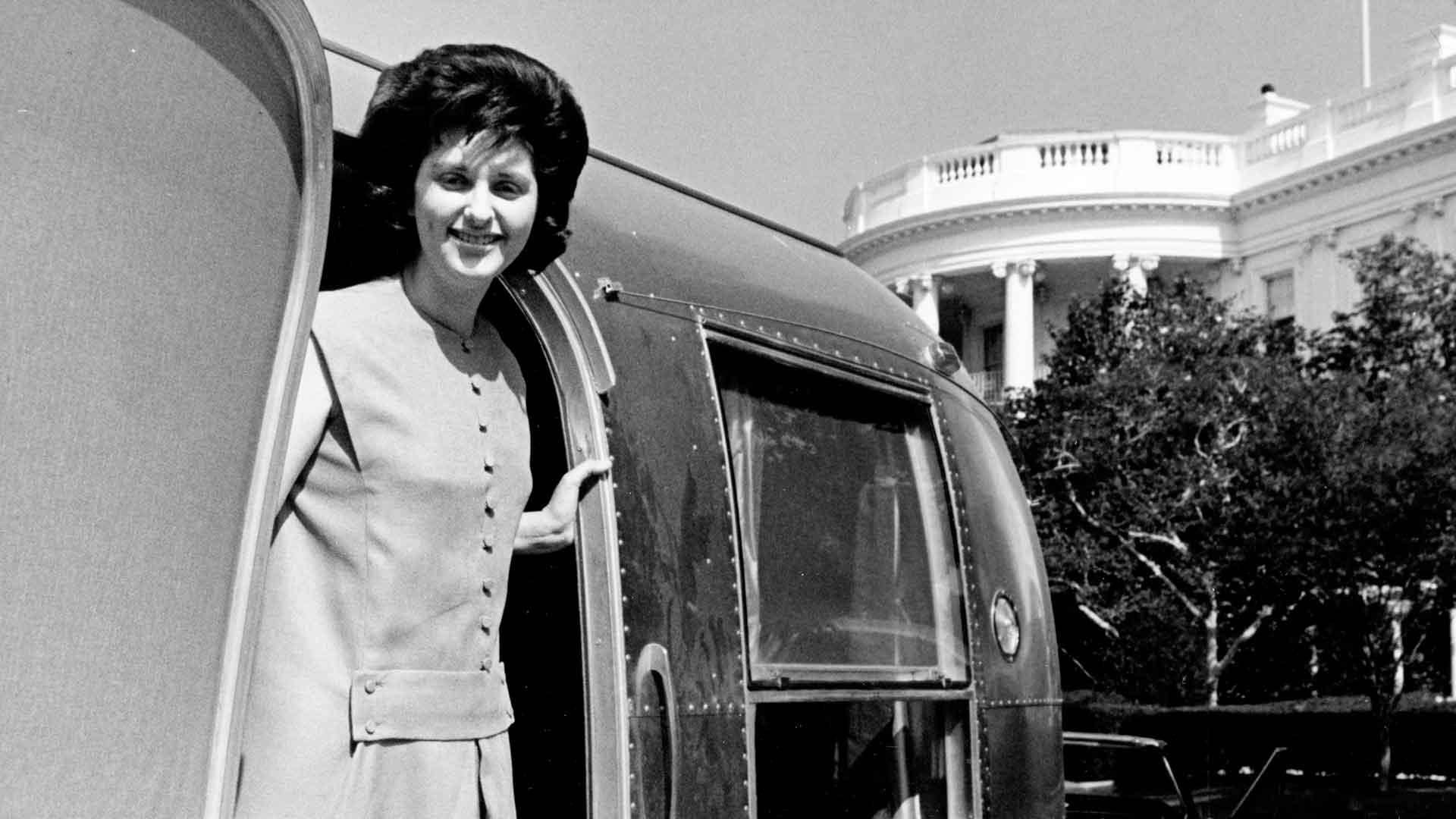 Lynda-Bird-Johnson-White-House-1965