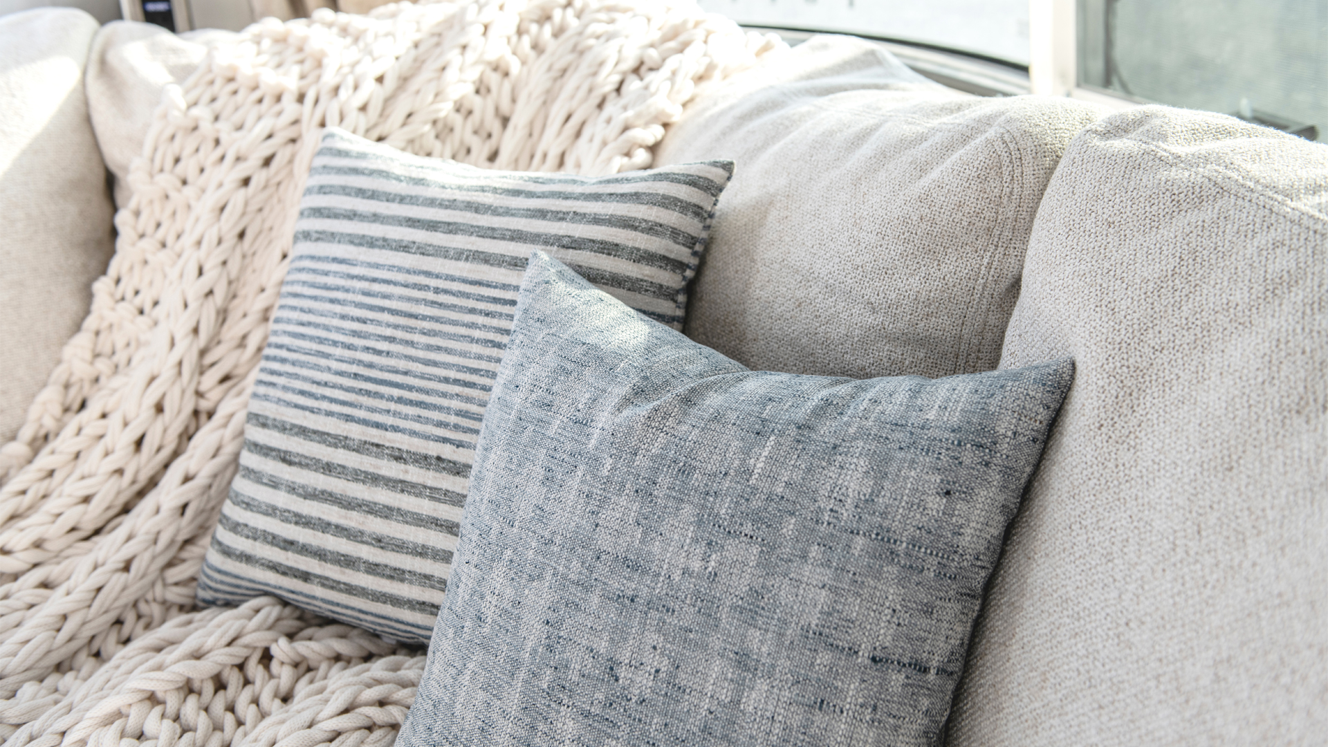 Airstream-X-Pottery-Barn-Interior-Couch