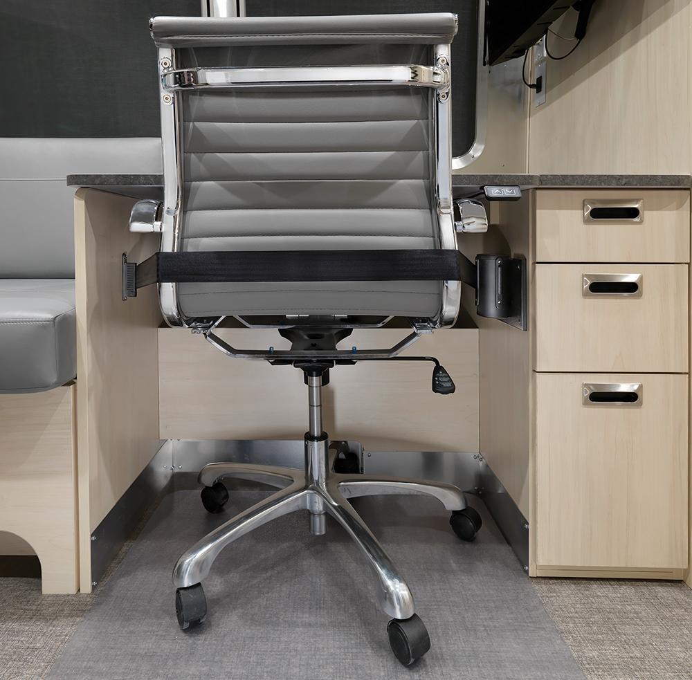AIRMKT-2021-Flying-Cloud-27FB-Desk-Option-Interior-Desk-Chair-95311-WEB