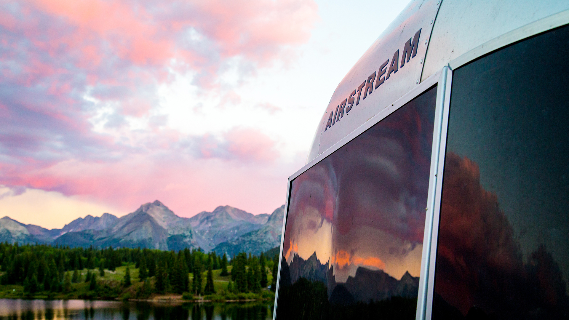 Airstream-Front-Badge-Sunset-Solar-Guards