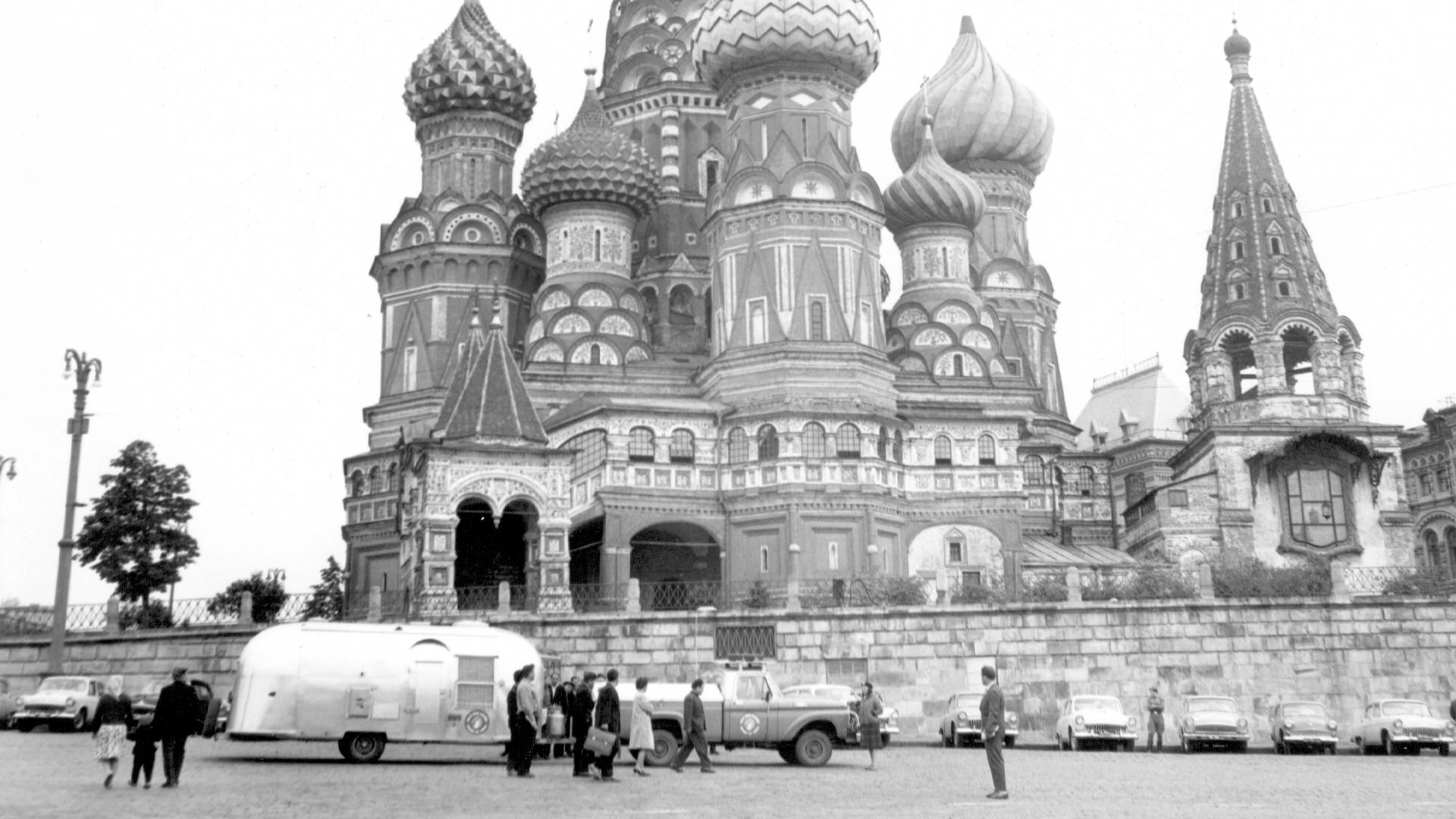 70th-anniversary-Around-the-World-2