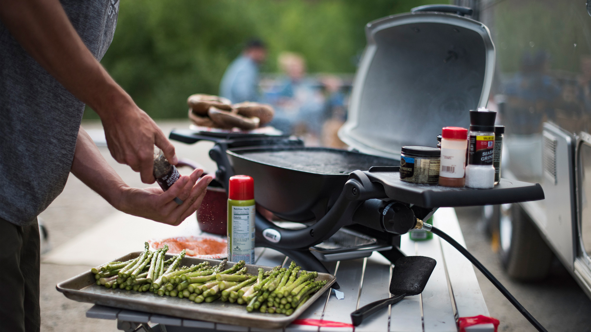 Airstream-Weber-Grill