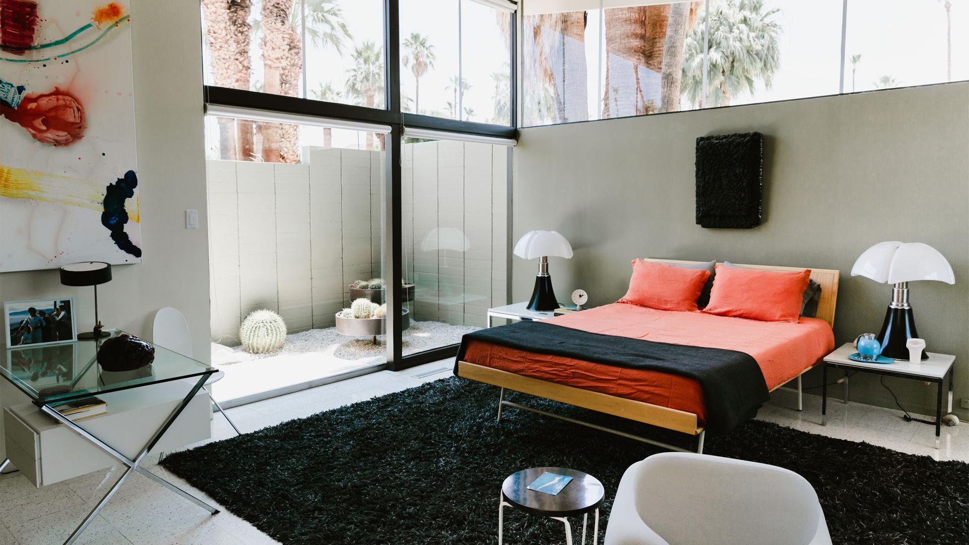 Menrad-House-Bedroom